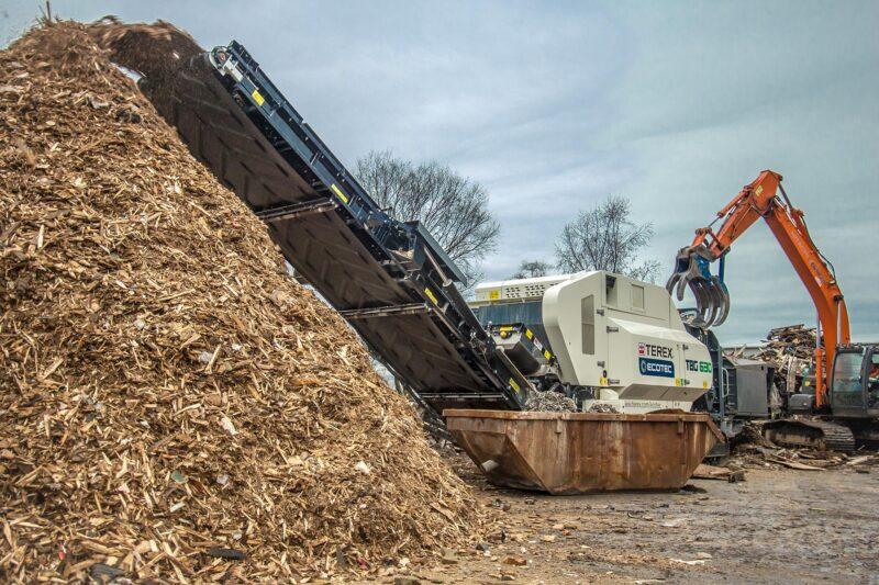 Broyeur mobile Terex Ecotec TBG 630 Lheureux 2 - Réservation à la location d'un Broyeur - broyeur végétaux - broyeur de branche - broyeur de végétaux - broyeur à branche - broyeur végétaux location - broyeur agricole - broyeur à marteau - broyeur tracteur – broyeur déchets – broyeur mobile – broyeur stationnaire en Auvergne-Rhône-Alpes, Bourgogne-Franche-Comté, Bretagne, Centre-Val de Loire, Corse, Grand-Est, Hauts-de-France, Normandie, Nouvelle-Aquitaine, Occitanie, Pays de la Loire, Provence-Alpes-Côte d'Azur, PACA