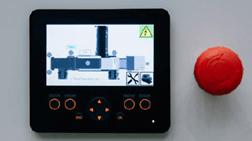 écran couleur convivial simplifiant les opérations et les diagnostics avec un bouton poussoir du Séparateur à courant de foucault TMS 320 - Terex Ecotec. Disponible en vente et en location chez Lheureux de toute la France